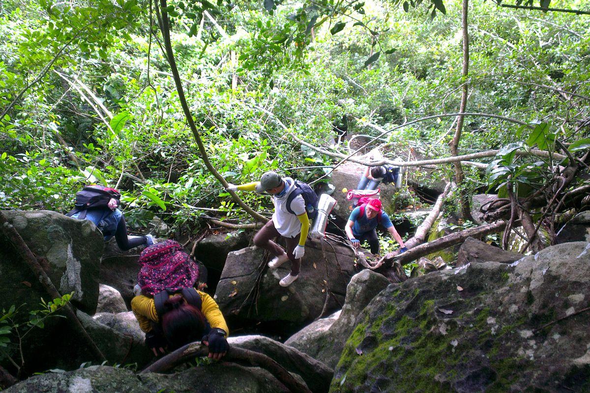 trekking ngắn ngày dịp 30 tháng 4