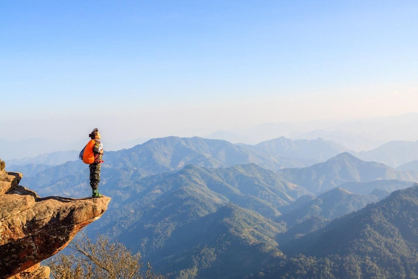 thời điểm nào thích hợp leo núi ở việt nam
