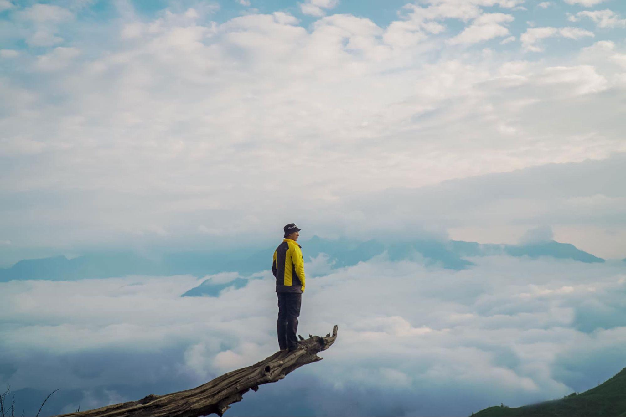 10 tour trekking săn mây được nhiều người lựa chọn 2