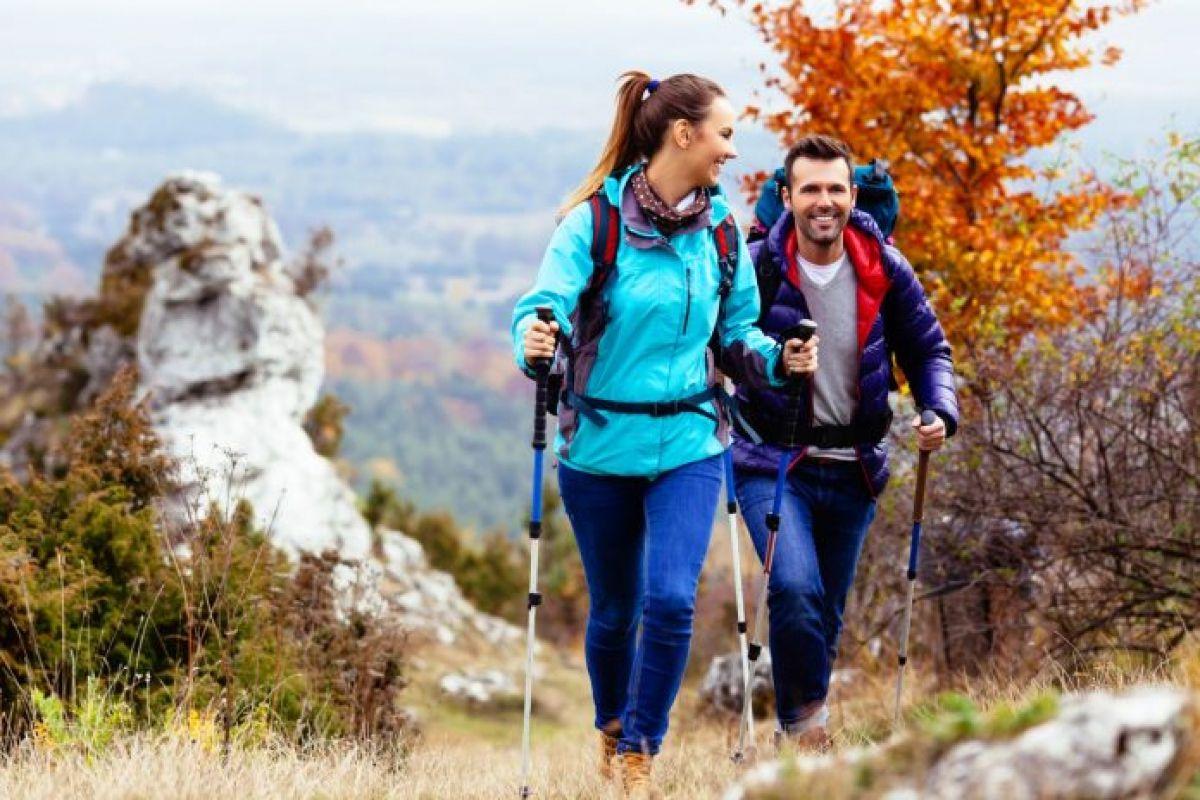 top 10 vật dụng không thể thiếu khi trekking cho người mới 4