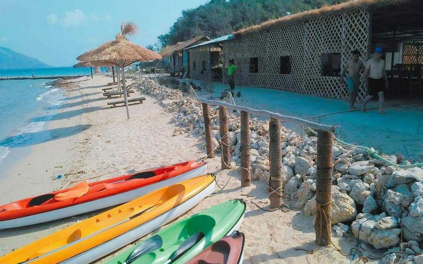 review bãi biển dốc lết nha trang 7