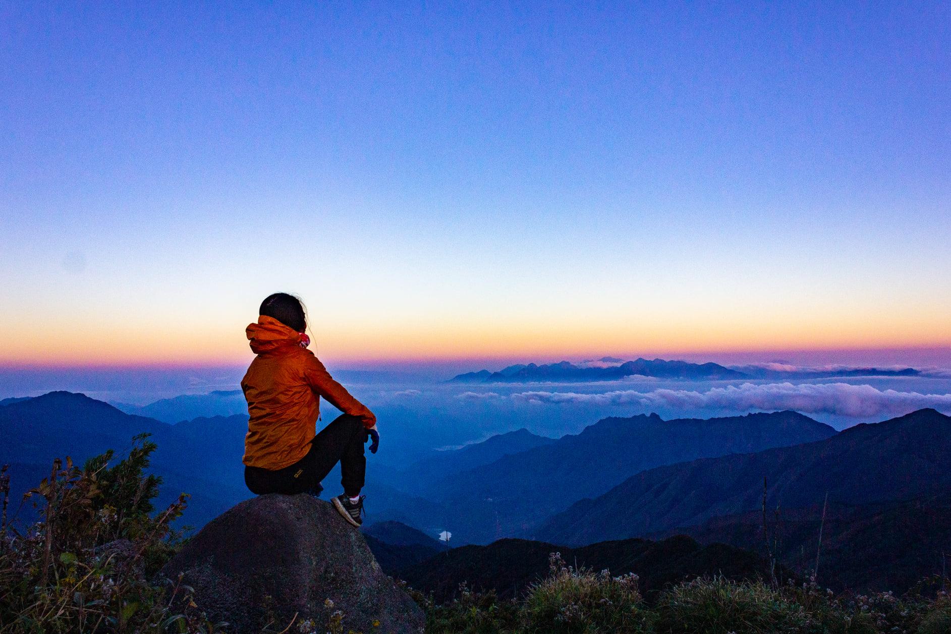 leo núi Lùng Cúng